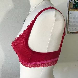 Victoria's Secret Intimates & Sleepwear - Victoria's Secret Cupped Bra Red Valentine's Day